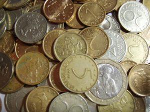 money-1424610-640x480